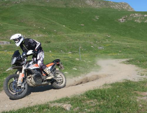 KTM Adventure 790R Offroad Fahrwerkstest und Fahreigenschaften