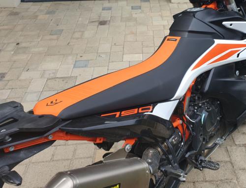 KTM Adventure 790R – Test hohe Sitzbank