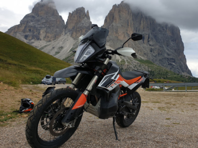 KTM Adventure 790R on the road Sellajoch