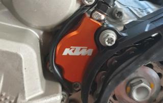KTM EXC Kupplungsnehmerschutz - richtige Kabelverlegung