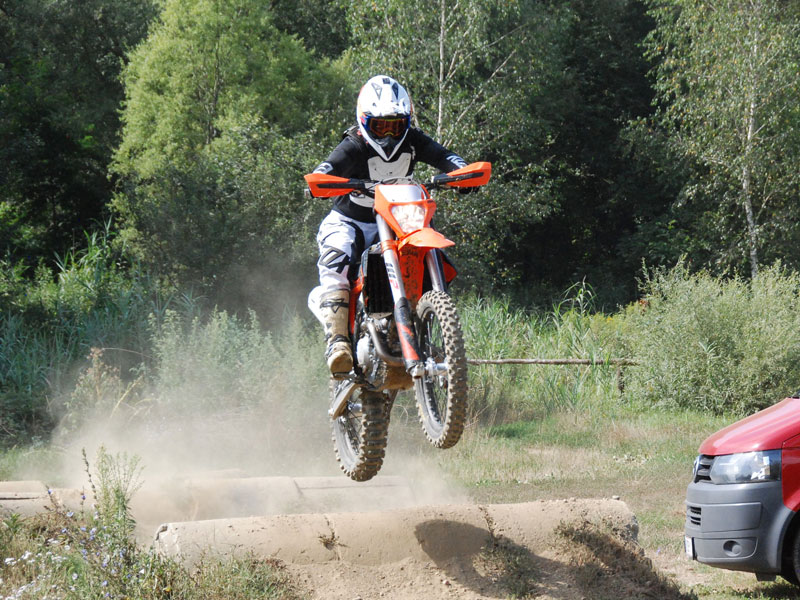 Blogtitel1 KTM EXC 350F 2020 Second Ride am MX Track