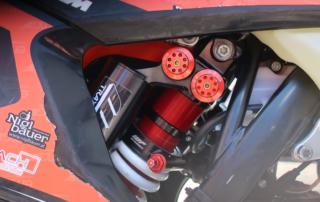 WP Trax Federbein an Kilian Zierers EXC 300