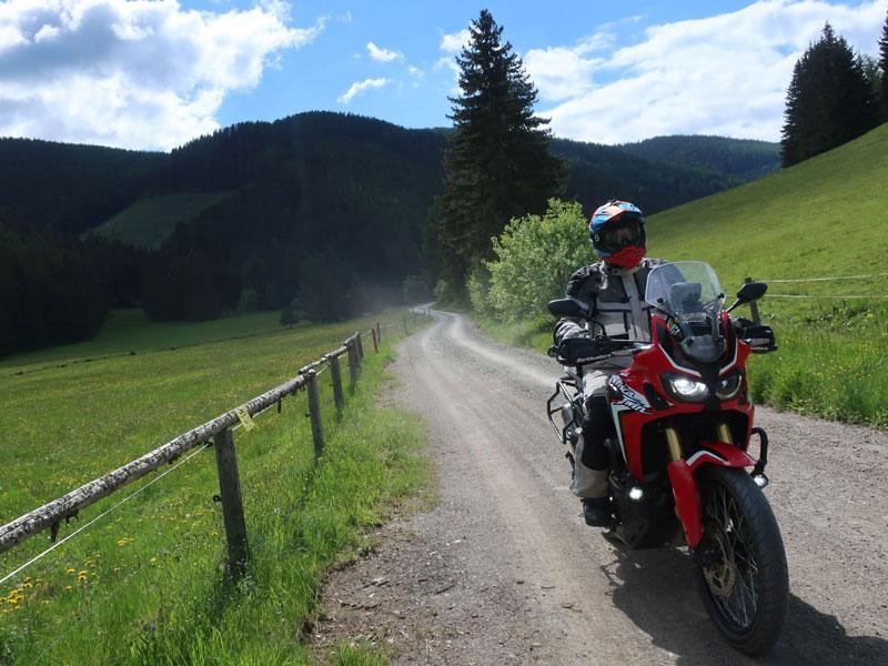 Jentlflow Vier Schotterpässe Adventurebike Tour Steiermark