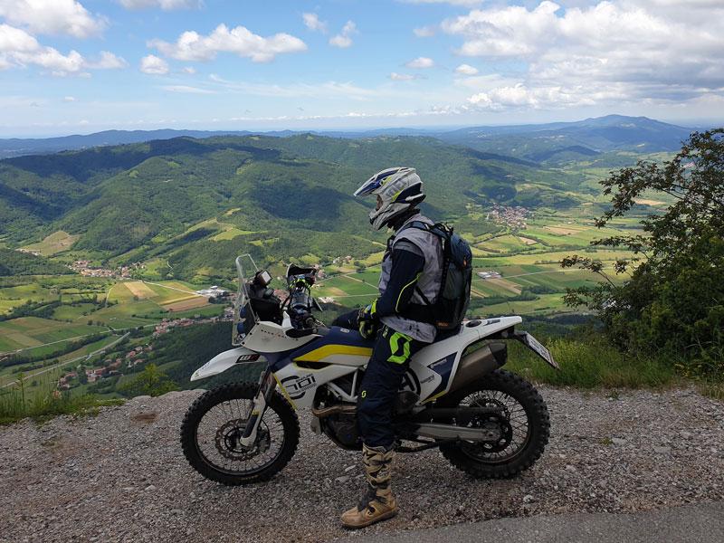 Jentlflow Adventurebiketour 3 Tage TET Experience Postojna