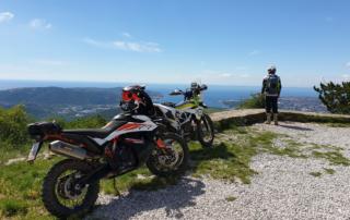 Adventurebiketour TET Slowenien Jentlflow - Sicht auf die Bucht von Triest
