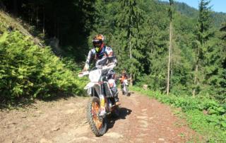 Jentlflow Endurowandern in Slowenien, auf legalen Forstwegen
