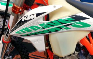 KTM 350 EXC-F Six Days 2021 Six Days In-Mold Grafiken, Jentlflow Test