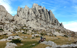Adventurebiketour Jentlflow am TET Kroatien, Winnetou Drehort am Mali Alan Pass