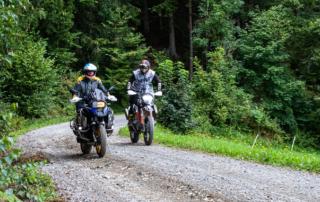 Adventurebike Offroadfahrtechnik jentlflow Korrekte Fahrtechnik immer im Blick