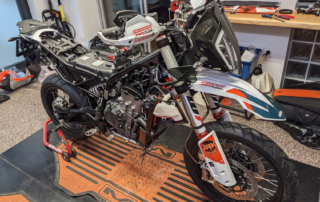 KTM Adventure 890 im Rally Umbau Jentlflow