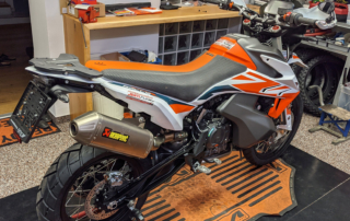 KTM Adventure 890 Rally Umbau Finish Jentlflow